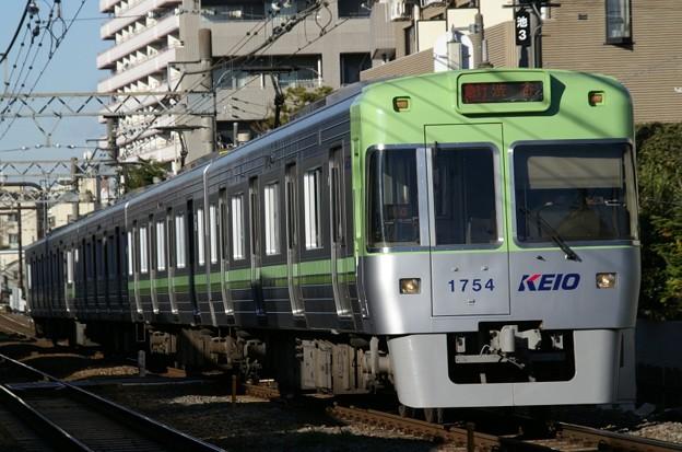 次は、終点、渋谷、渋谷です。