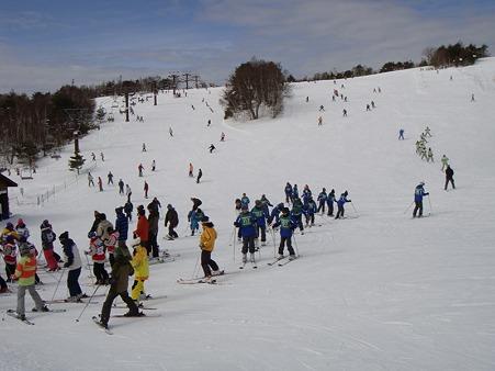 110217 スキー実習 (23)