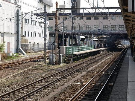 八王子駅2番線