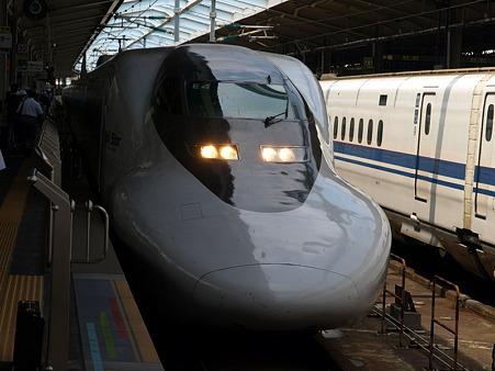 ひかりレールスター(新大阪駅)1