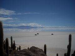 鏡の世界・ウユニ塩湖