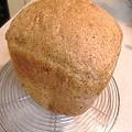 Photos: 小麦胚芽入りのくるみ食パン