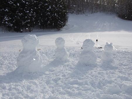 立派な雪だるま