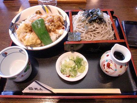 ごまそば鶴喜本店 牡蠣天丼セットそば大盛