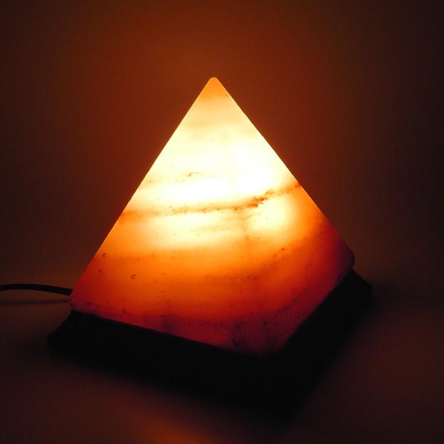 ヒマラヤ岩塩 ランプシェード ピラミッド