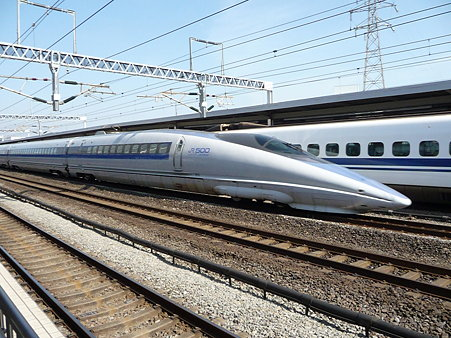 100223-小田原駅 500系追抜き (12)