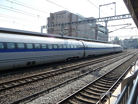 100223-小田原駅 500系追抜き (19)