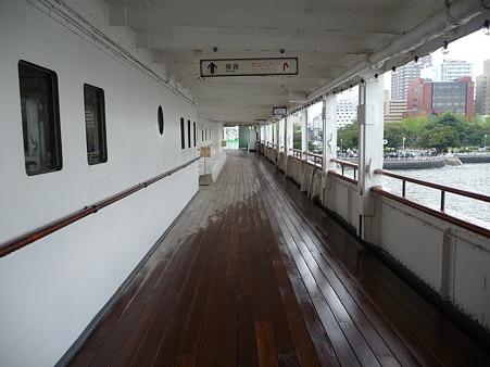 100428-氷川丸 甲板面・艦橋 (3)