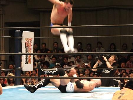 新日本プロレス BEST OF THE SUPER Jr.XIX 準決勝戦 Aブロック2位 プリンス・デヴィット vs Bブロック1位 ロウ・キー (7)