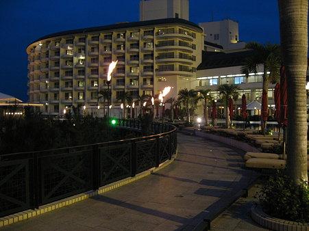 沖縄 「かりゆしビーチリゾート」