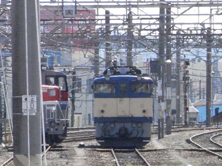 ELとDL(八王子駅)