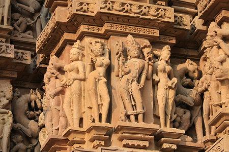 2010.02.01 カンダリヤ・マハデーヴァ寺院 外壁彫刻-11