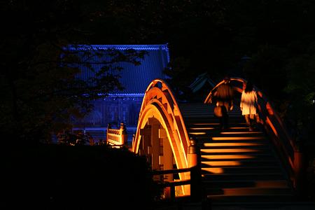 反橋と本堂!(100430)