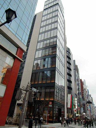 アバクロンビー&フィッチ銀座店 2009年12月15日(火) オープン 2ケ月-220211-1