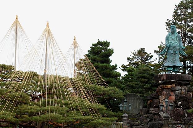 日本武尊の像(やまとたけるのみこと)(2)