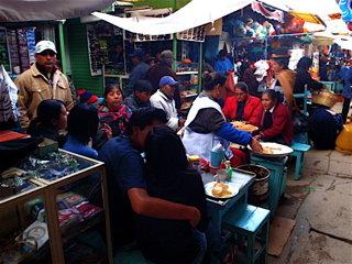 オルーロの市場2