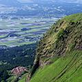 長寿ヶ丘公園を見降ろす…。