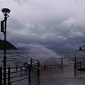 写真: 今日は何だか台風のようでした